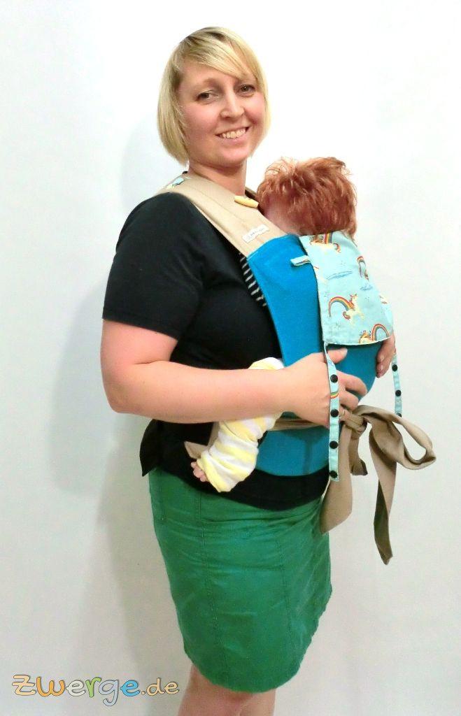 Fräulein Hübsch MeiTai in der Bauchtrage - größeres Baby