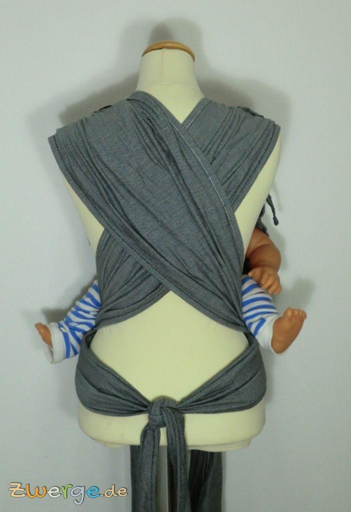 Hoppediz HopTye Conversion - breite Schulterträger verteilen das Gewicht des Babys